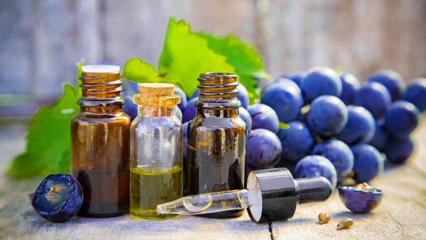 Uvas y aceites para la piel